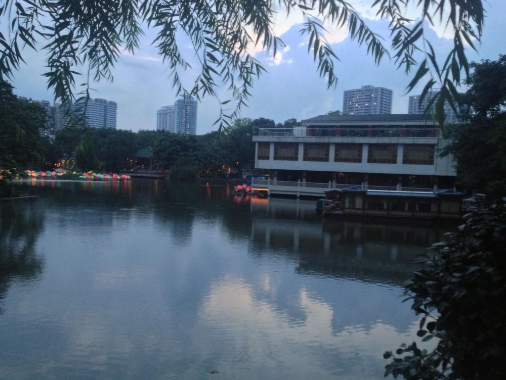 廣州荔灣河