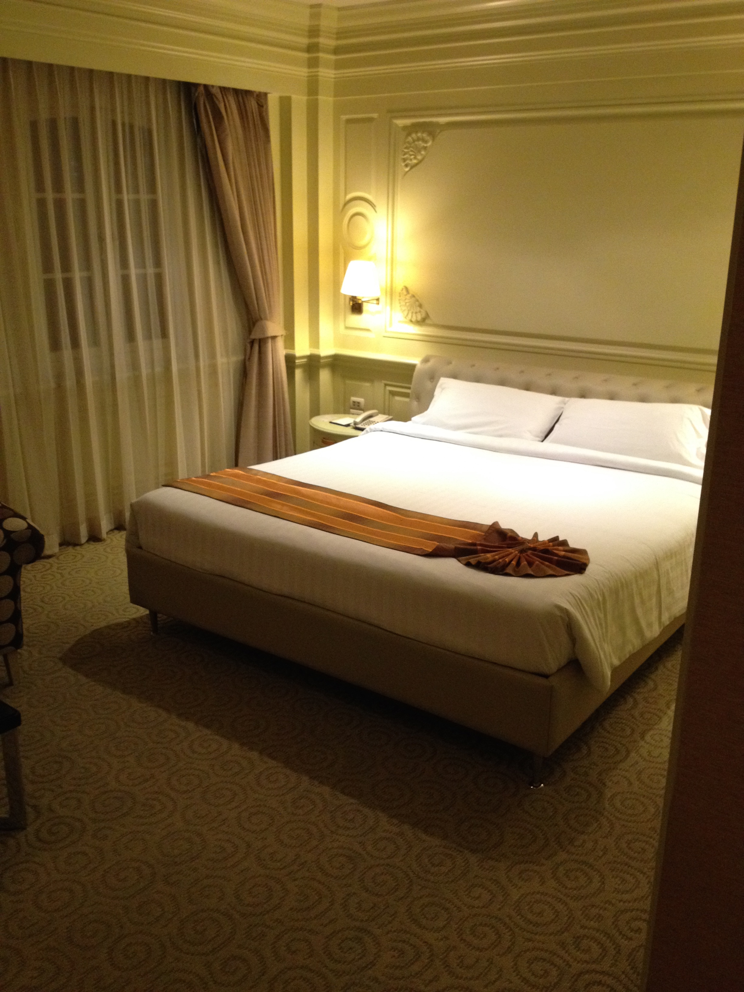 曼谷金斯敦套房酒店